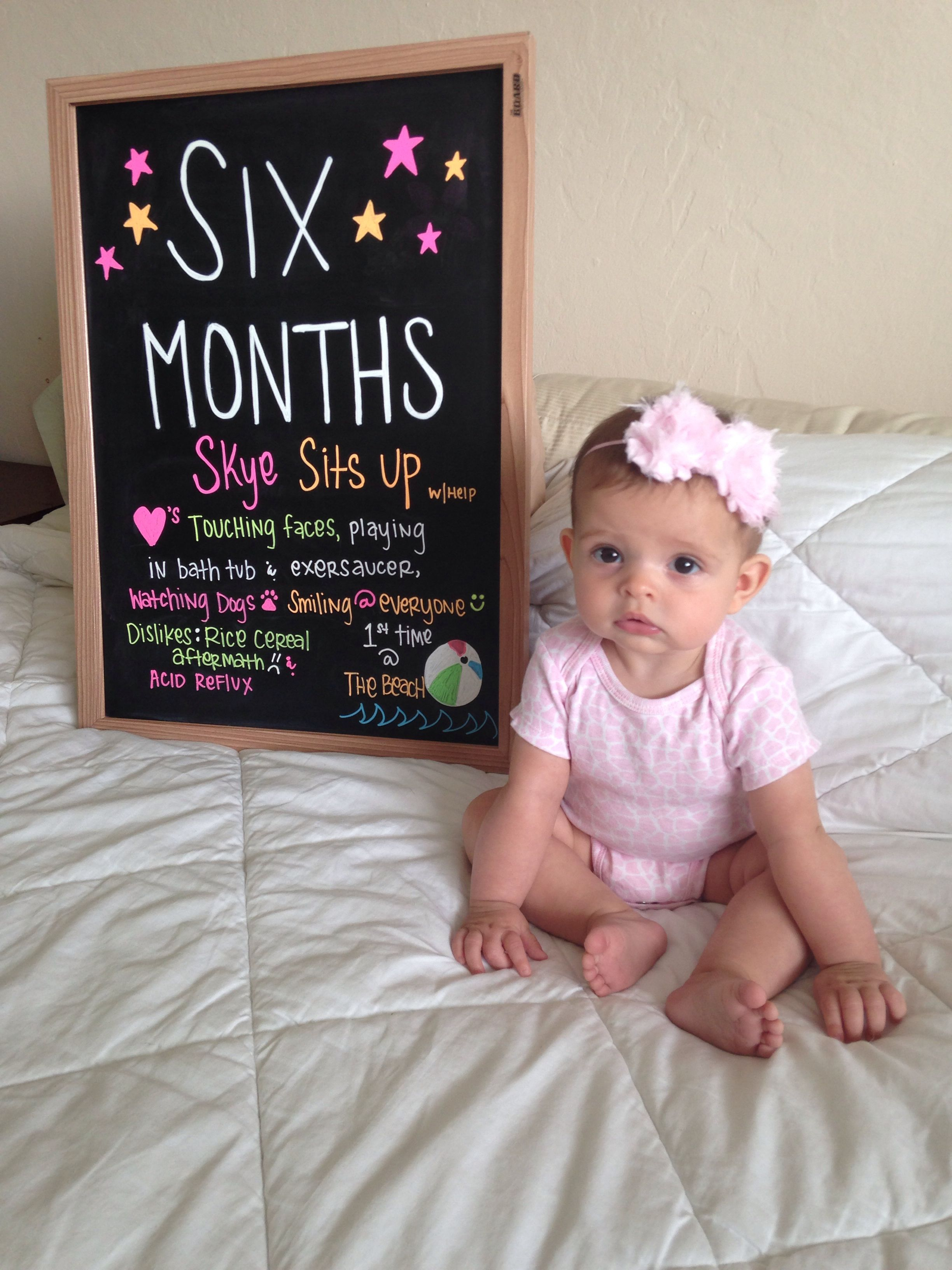 Baby monthly progress chalkboard 6 months Half Birthday Baby, 2nd Birthday  Pictures, Birthday Ideas