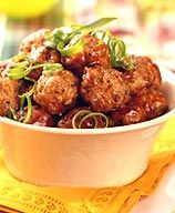 Weight Watchers Spicy BBQ Meatballs... These would make awesome cocktail party meatballs.