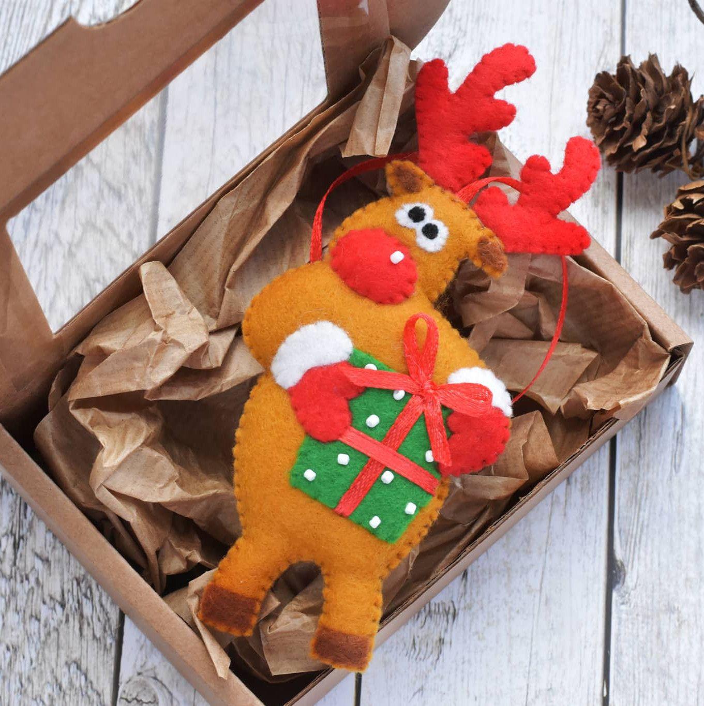 Felt Reindeer Ornament Christmas Decoration Christmas Tree Etsy In 2021 Felt Christmas Ornaments Felt Christmas Handmade Felt Ornament