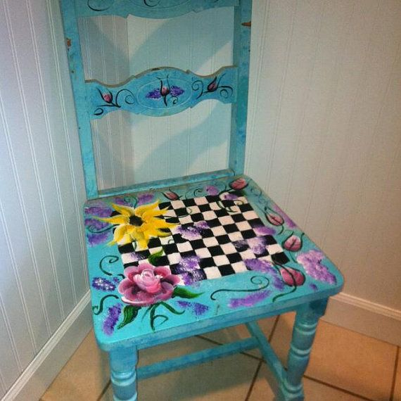 Hand Painted One Of A Kind Chair And Matching Furniture Bemalte Stuhle Bemalte Mobel Und Alte Stuhle
