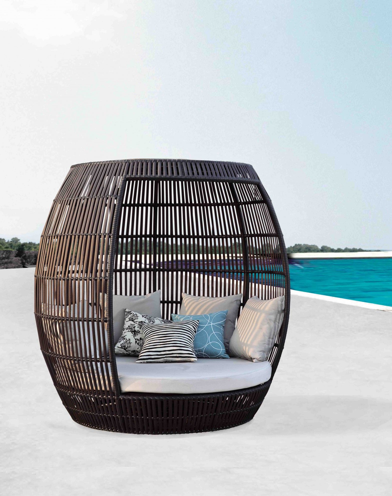Apricot Collection - Roof Daybed | Outdoor furniture ... on Living Spaces Outdoor Daybed id=26137