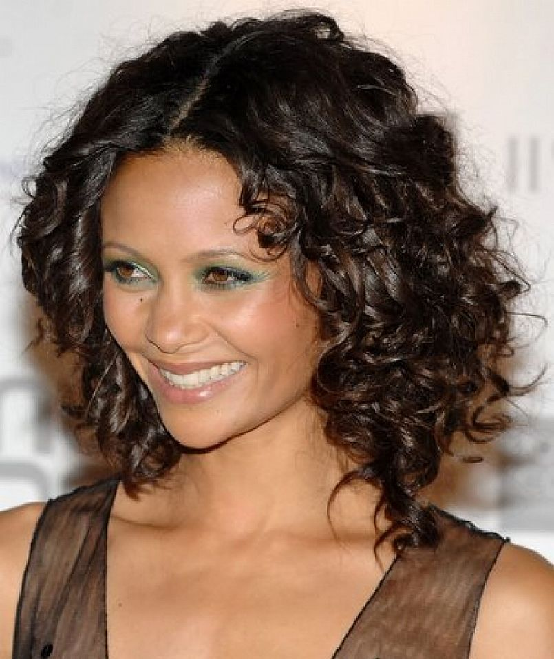 Medium Short Hairstyles For Thick Curly Hair 2017