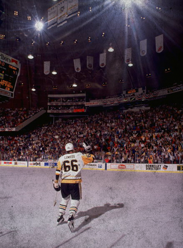competitive price 79b18 dc73e Mario Lemieux waves to the crowd during the 1992 Stanley Cup ...