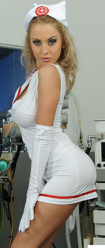 dee nurse Mandy