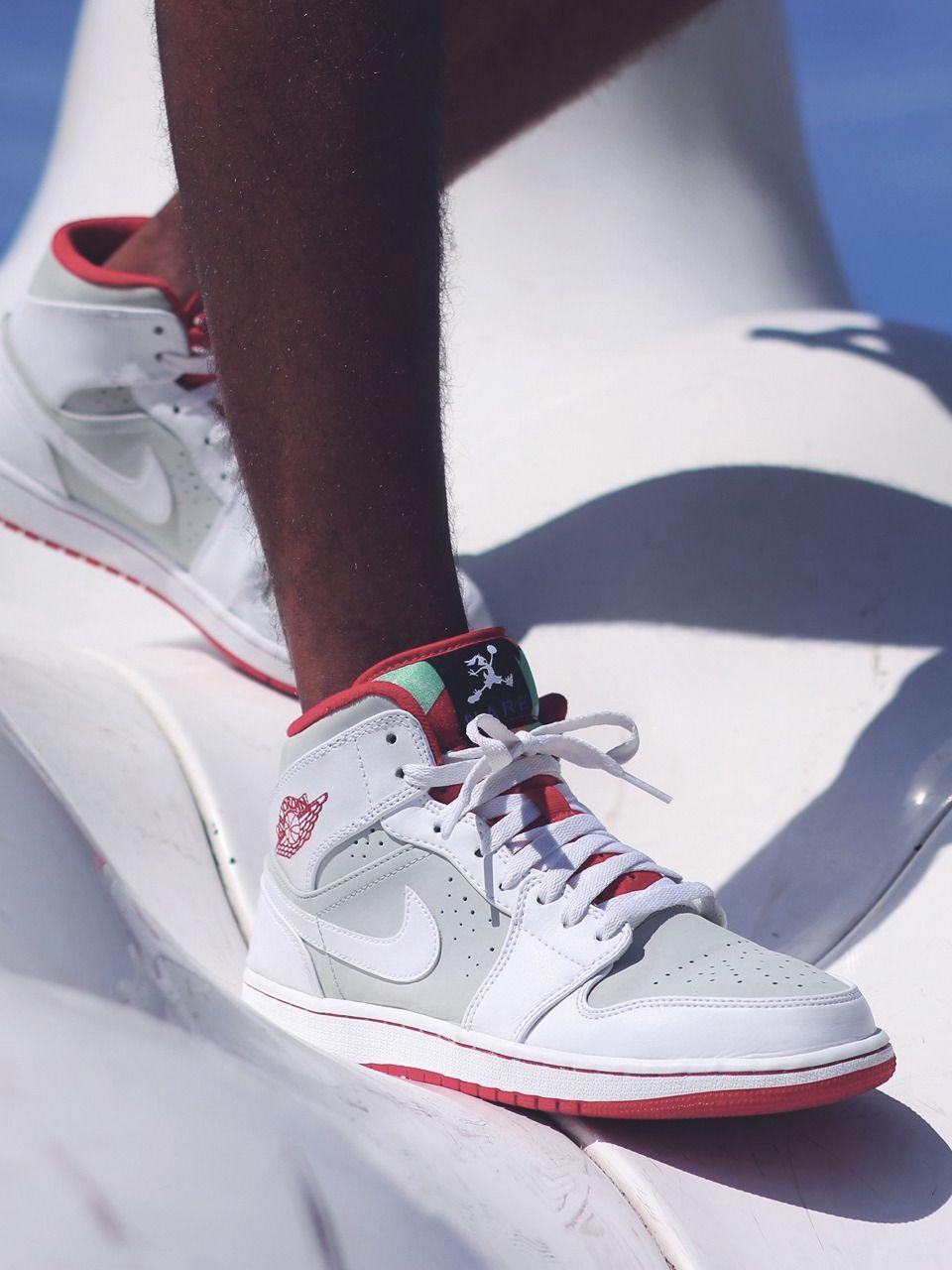 7eeac646891 Adidas Dikembe Mutombo par Snipes (26.08.2013)