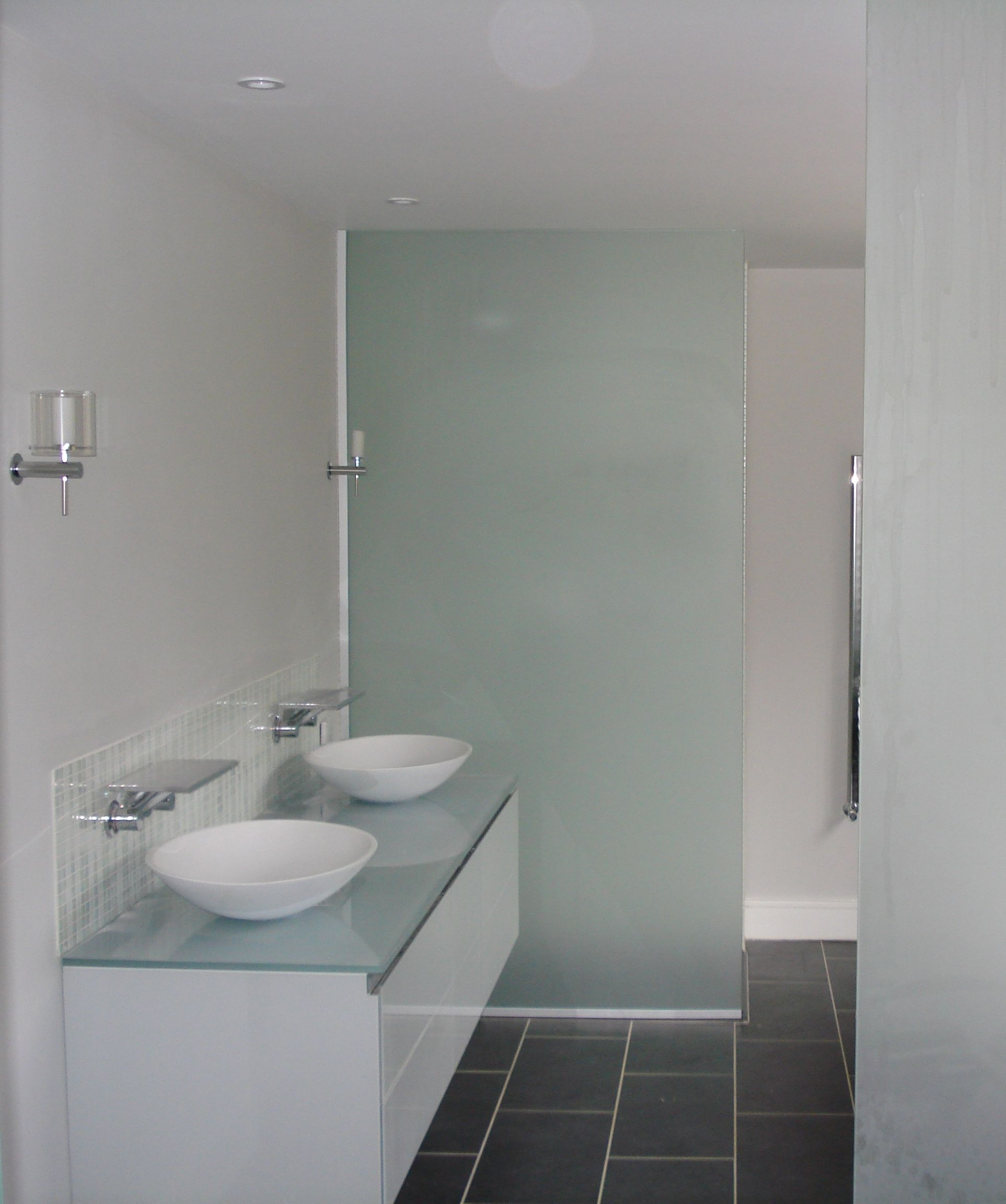Beautiful Etched Glass Shower Doors By Vitrealspecchi Etched Glass Shower Doors Glass Shower Shower Doors
