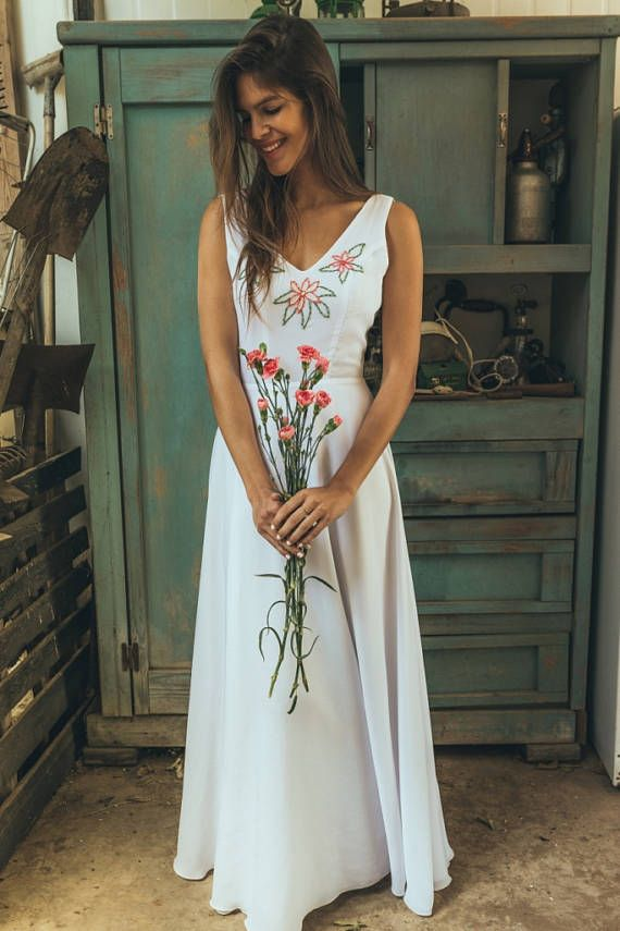 Hand embroidered wedding dress, Floral wedding dress boho style ...