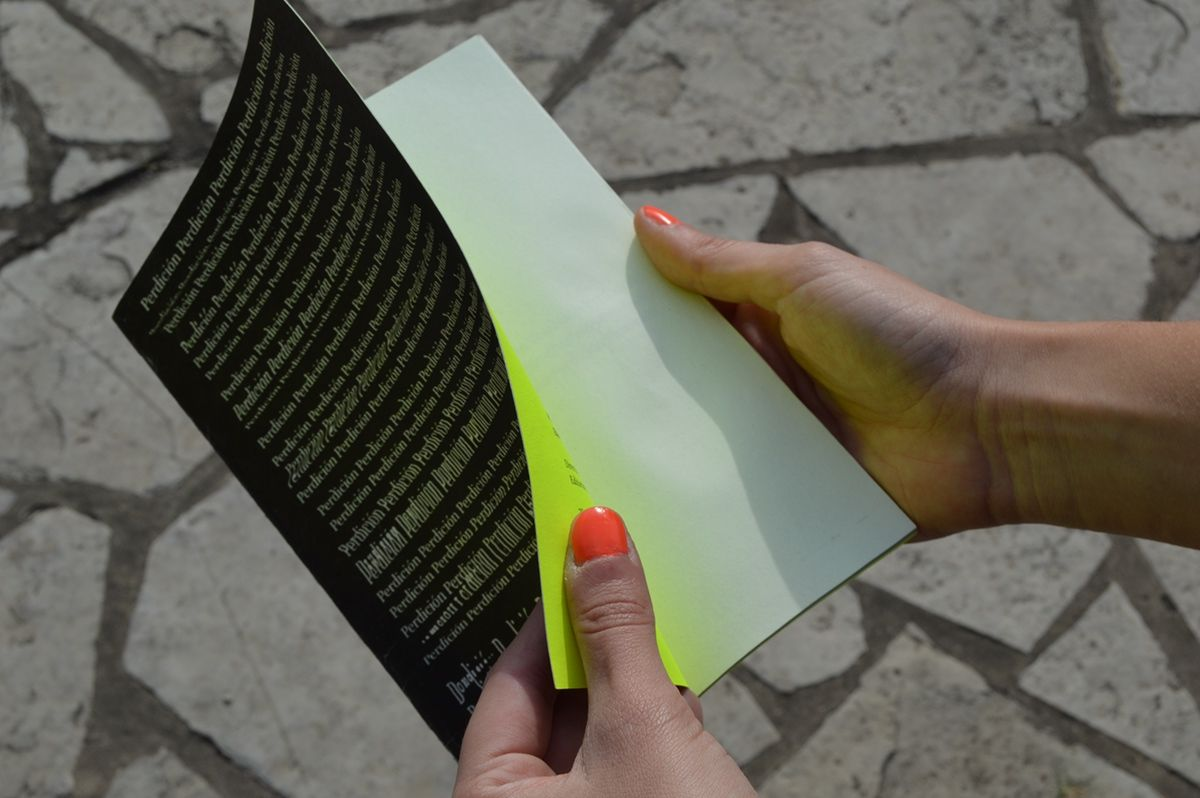 Plaquetas literarias - Diseño Editorial, Cátedra Manela