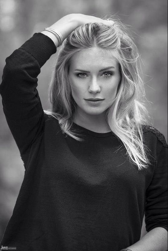 Super Eva Mikulski un mannequin femme de chez VIP models et membre de  JA39