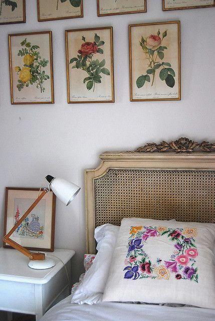 Vintage florals by leah halliday, via Flickr #vintagebedroom