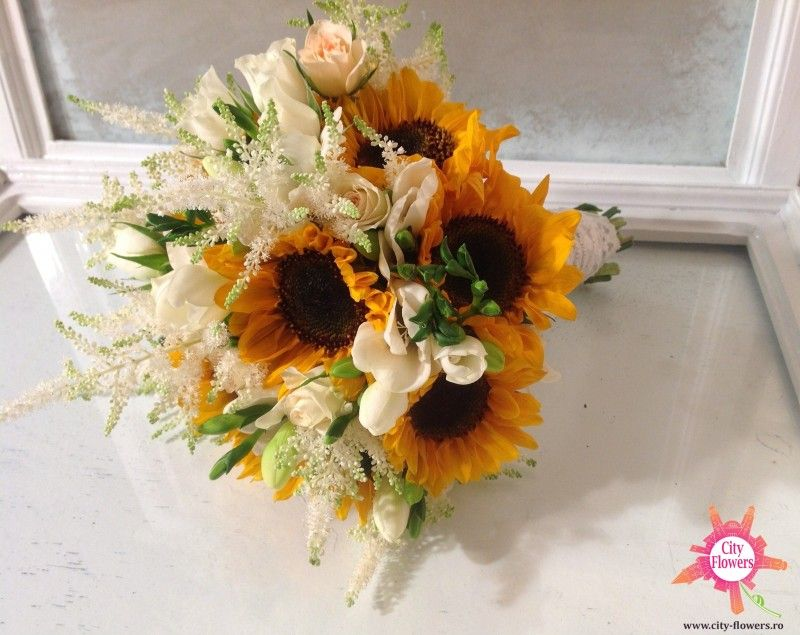 Buchet Mireasa Floarea Soarelui Astilbe Flori Sibiu City Flowers