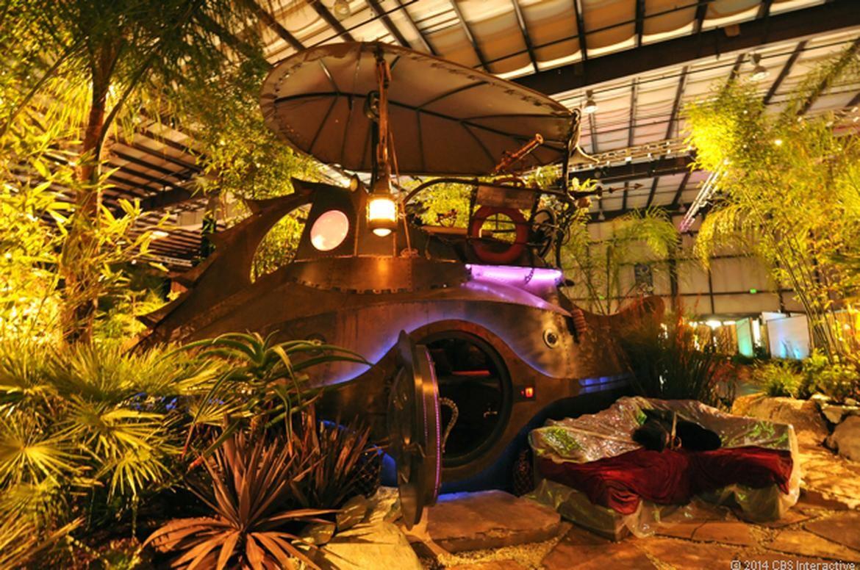 Jules verne inspired steampunk submarine star of garden for Nautilus garden designs
