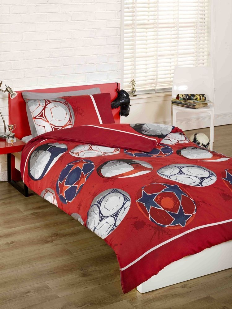 Childrens Boys Red Football Soccer Double Duvet Quilt Cover Bedding Bed Set
