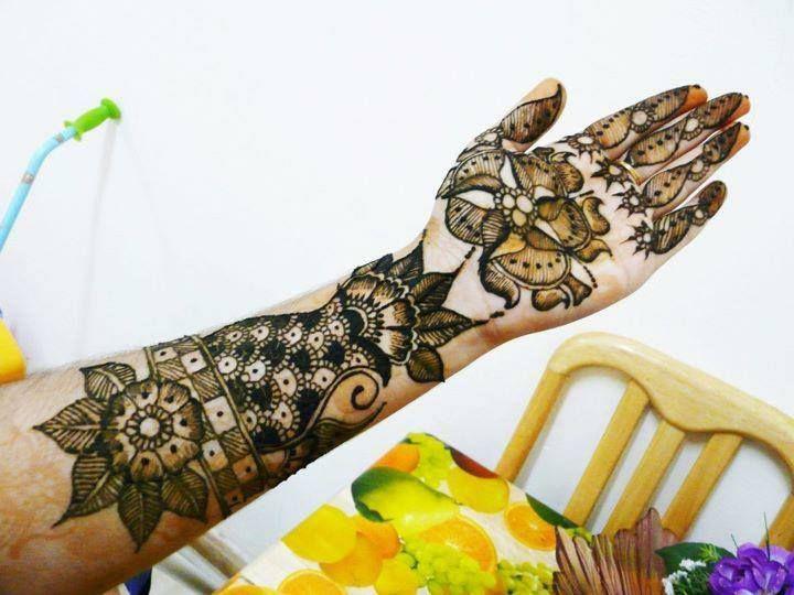Flower Pattern Mehndi Designs : Glamorous rose flower mehndi designs sheideas