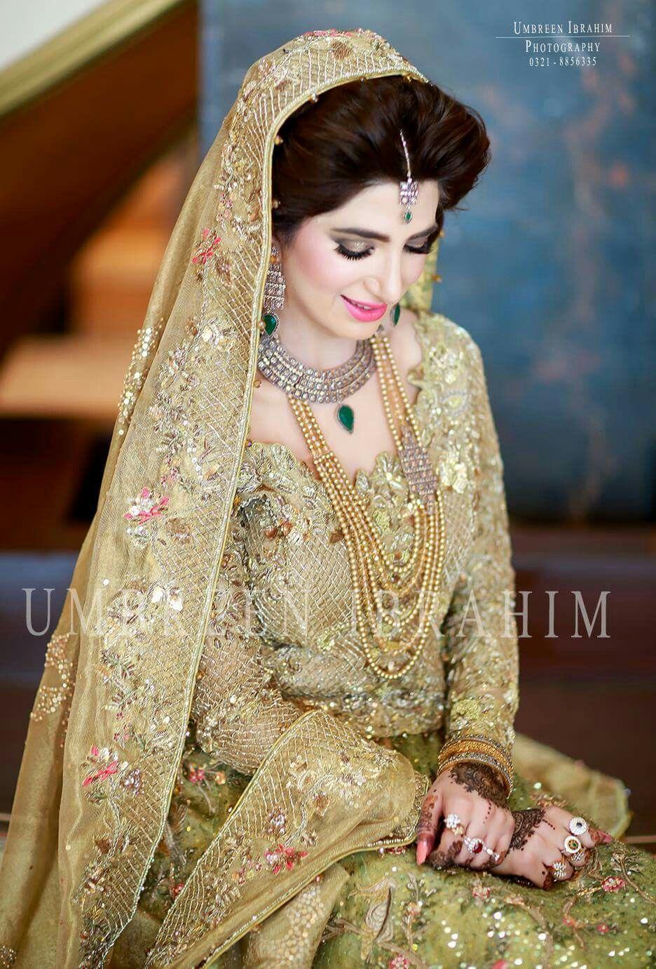 Pin von Amna Qureshi auf Clothes | Pinterest