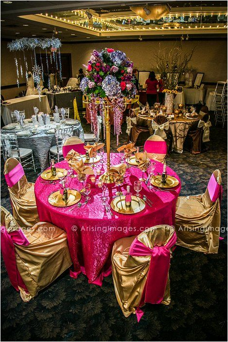 Hot Pink And Gold Wedding Table Decor Viviano Flower S Bridal Extravaganza 2017