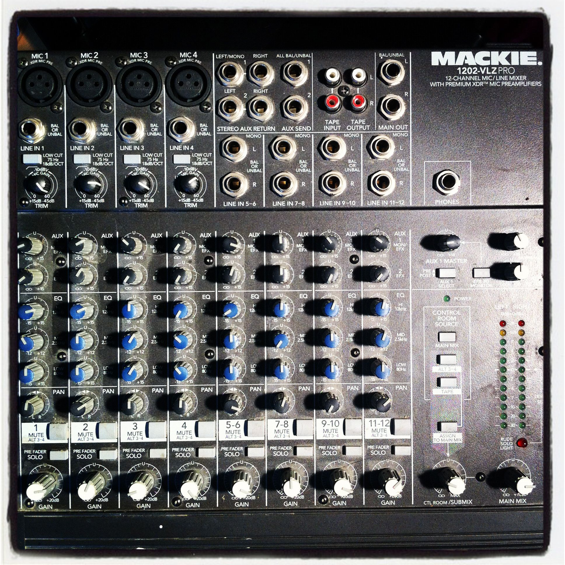 mackie 1202 vlz pro 12 channel mic line mixer products i love mixer line und channel. Black Bedroom Furniture Sets. Home Design Ideas
