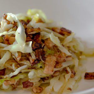 Low Carb Buttery Bacon and Cabbage Stir Fry #cabbagestirfry