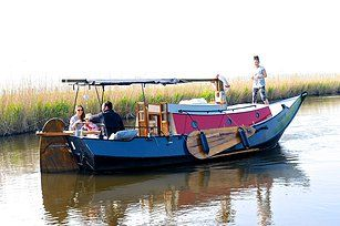 te huur , 4 persoons vakantieboot frederiek . ligplaats Driehuizen /Noord-Holland. http://micheltaanman1.wix.com/boat-frederiek