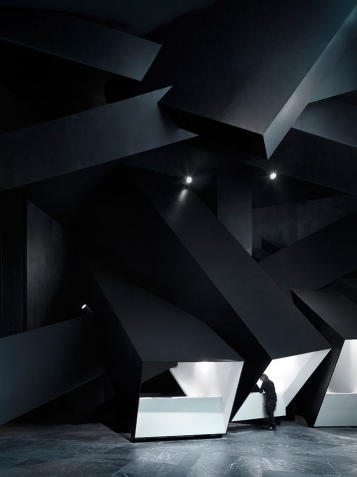 Exploded Cinema Installation by One Plus Partnership, China
