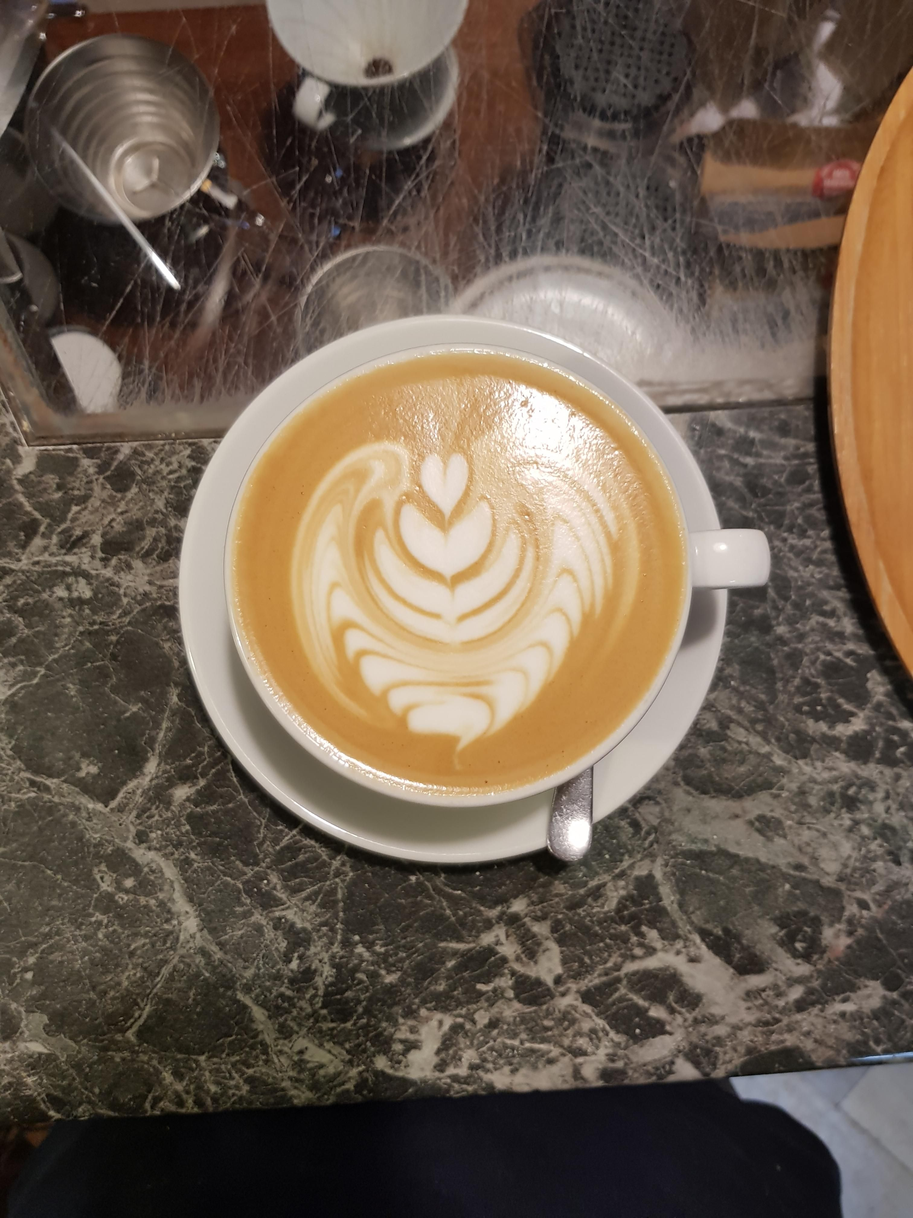 Inverted Rosetta With 4 Layer Tulip Coffee Cafe Espresso Photography Coffeeaddict Yummy Barista Coffee Latte Art Coffee Preparation Cappuccino Machine