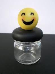 Resultado de imagem para lembrancinhas dos emojis