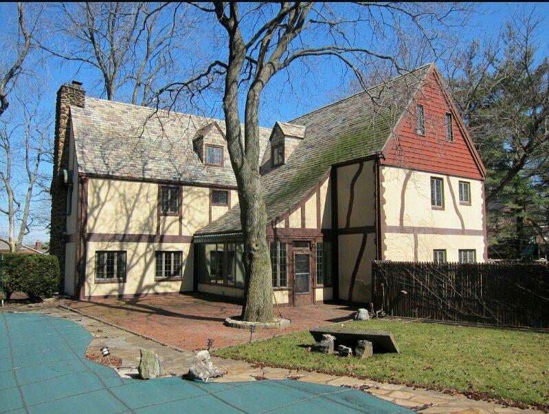 9df5a3bc6e0312727c34da455f14d6f9 Corleone Compound House Plans on