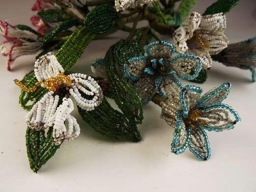 wonderful vintage flowers.