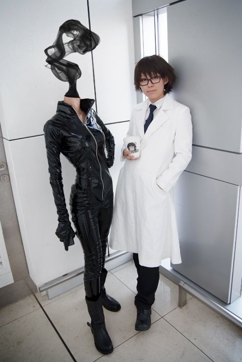 Durarara!! / AMAZING Celty and Shinra cosplay! (Except I'm pretty sure that the Celty is just a mannequin...)