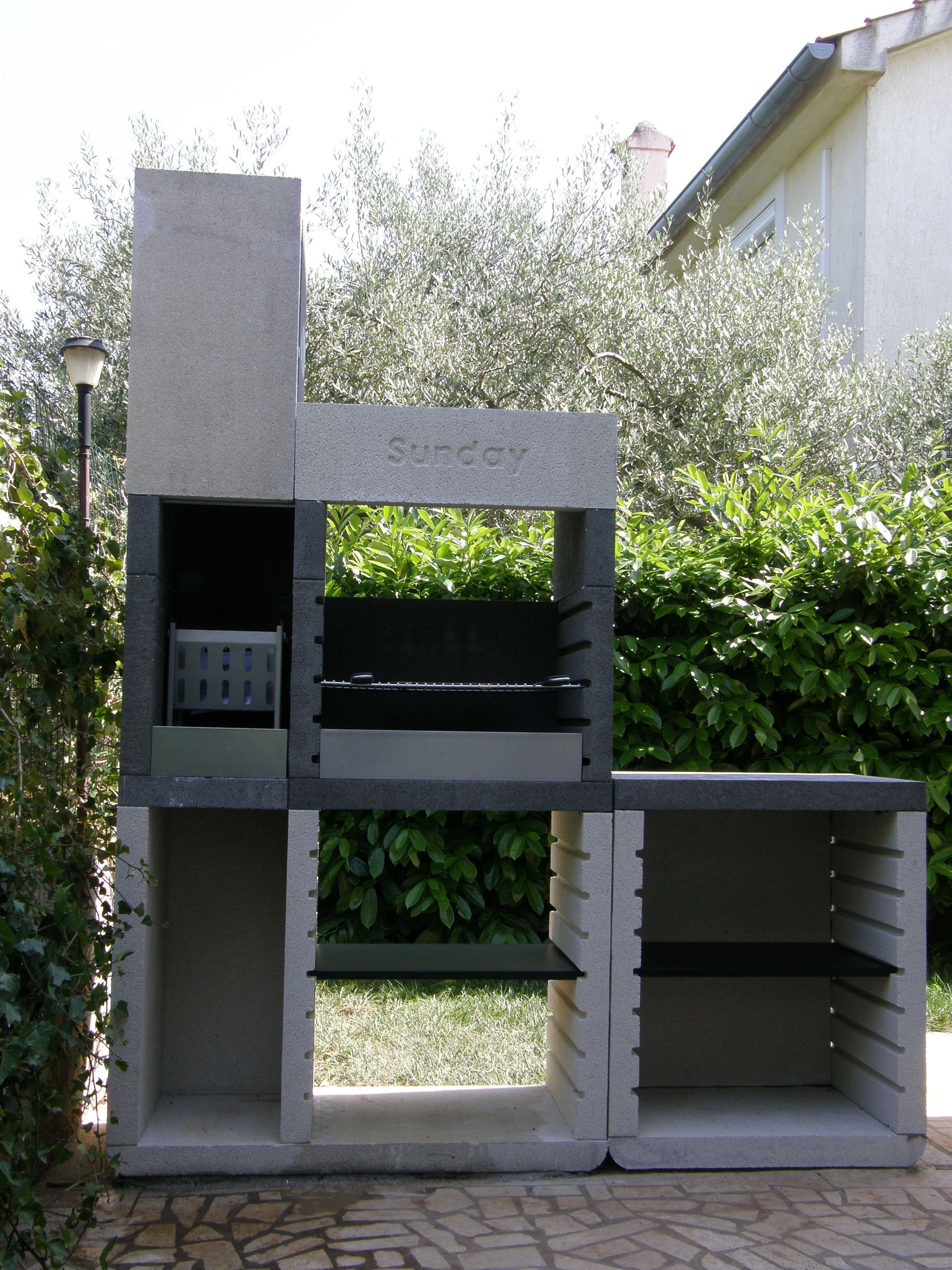 Barbecue Sunday One Tower Outdoor Fireplace
