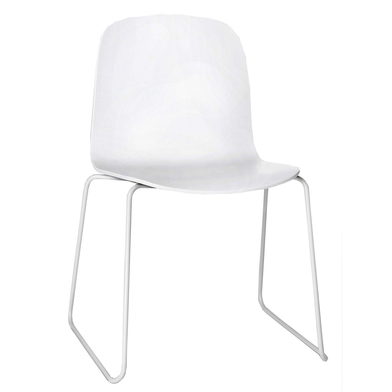 Visu stol med stålben er designet av Mika Tolvanen og er fra Muuto ...