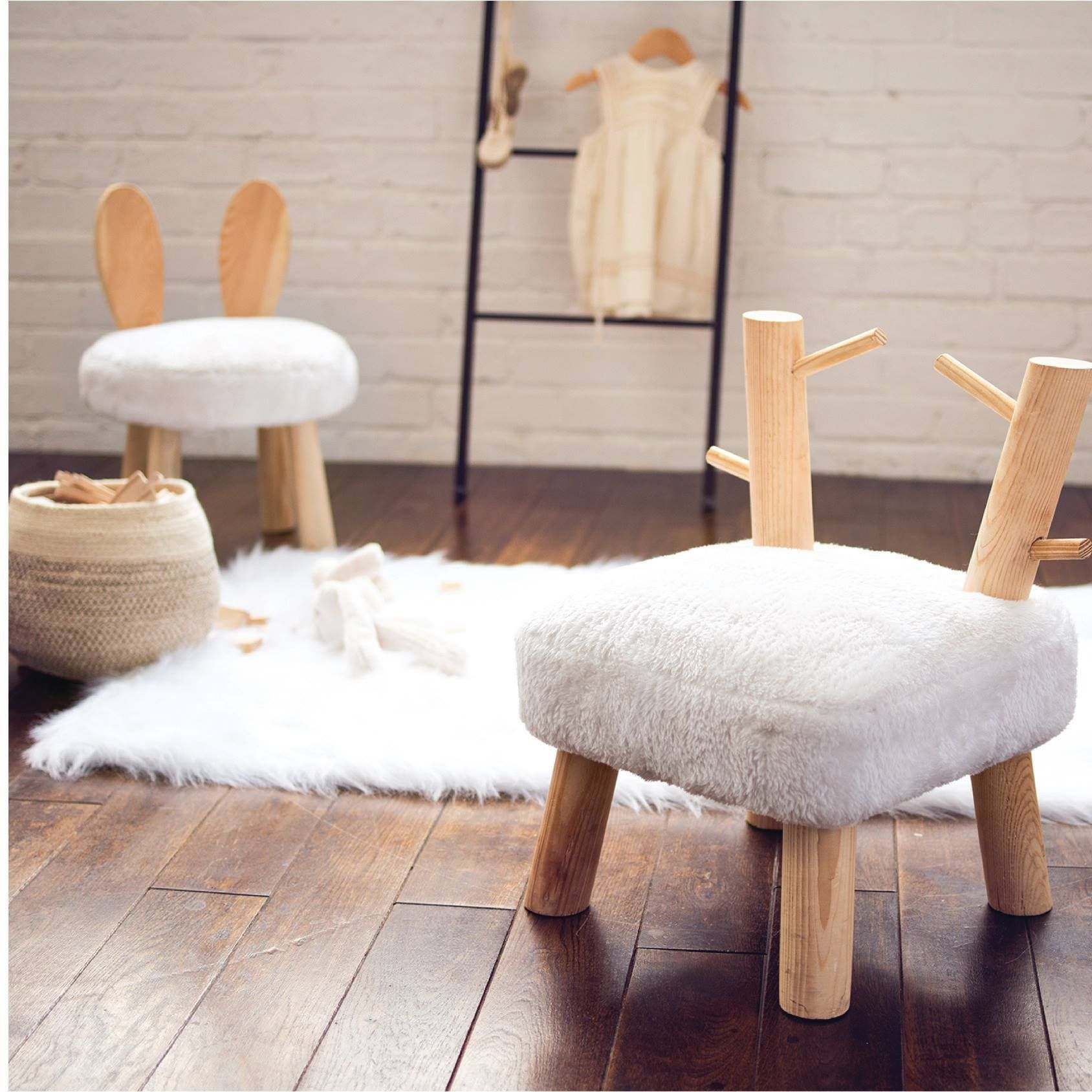 Stupendous 2018 Design Trend Mixed Materials We Love This Wood Stool Cjindustries Chair Design For Home Cjindustriesco