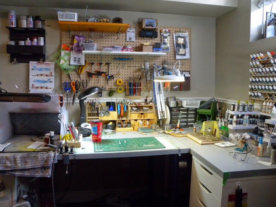 My current model workbench with airbrush booth for Building a craft room