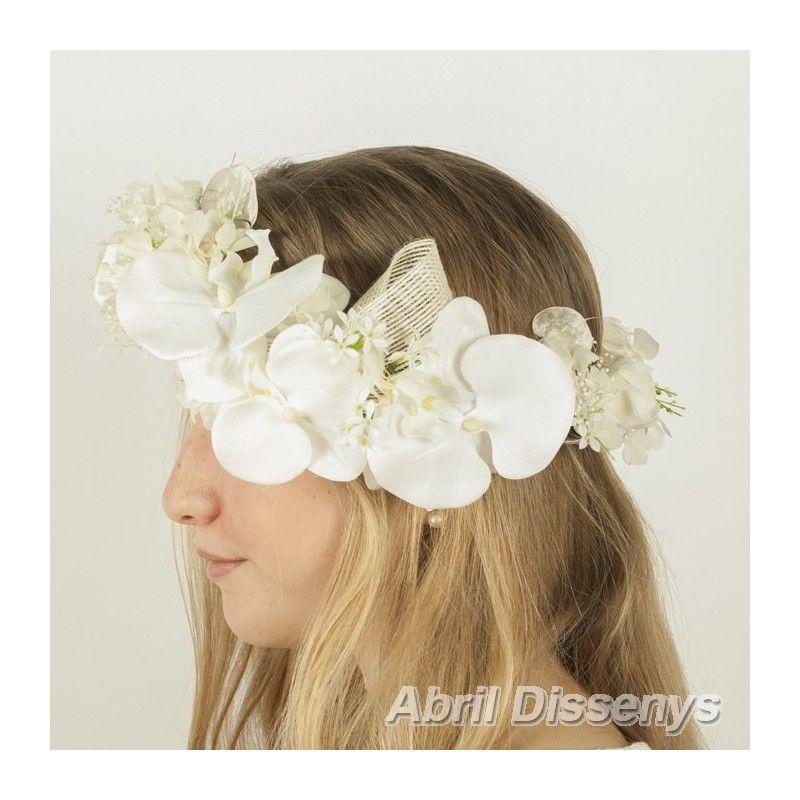 encuentra este pin y muchos ms en los adornos para el pelo con flores secas de