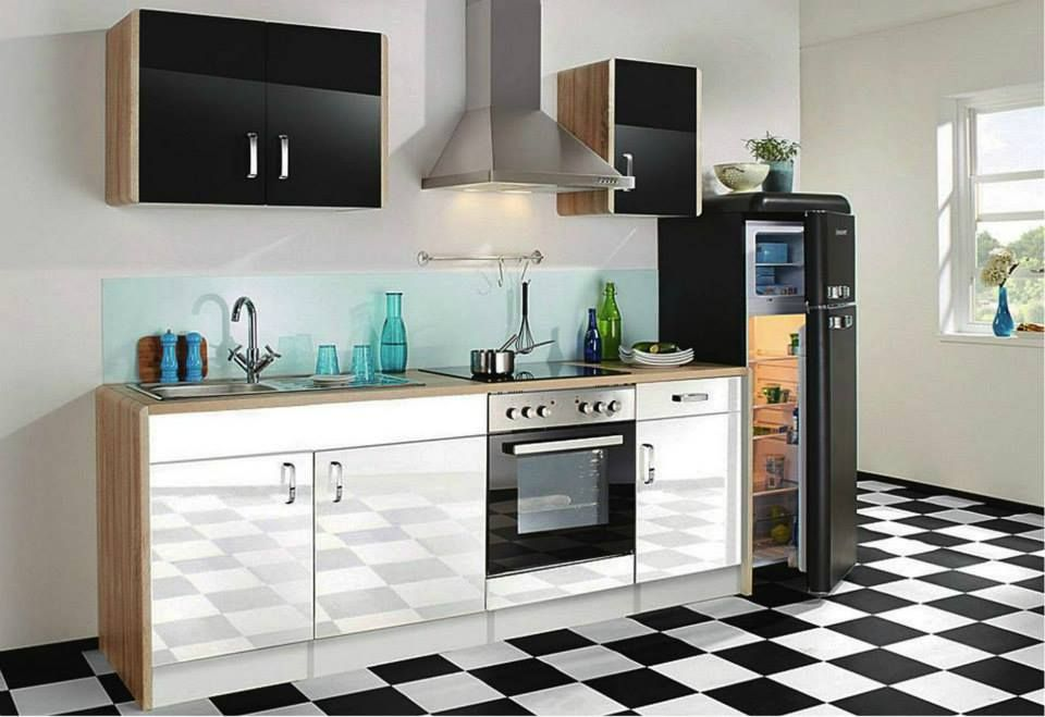 kitchen with black Schaub Lorenz fridge! | kitchen ...