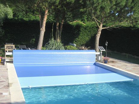 Solar Automatic Pool Cover Mouv And Roll Azenco Swim Protect Pool Cover Outdoor Pool Indoor Pool