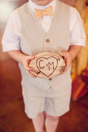 cute little shorts outfit for ring bearer...and nice little sign if you don't want him to actually bear rings!