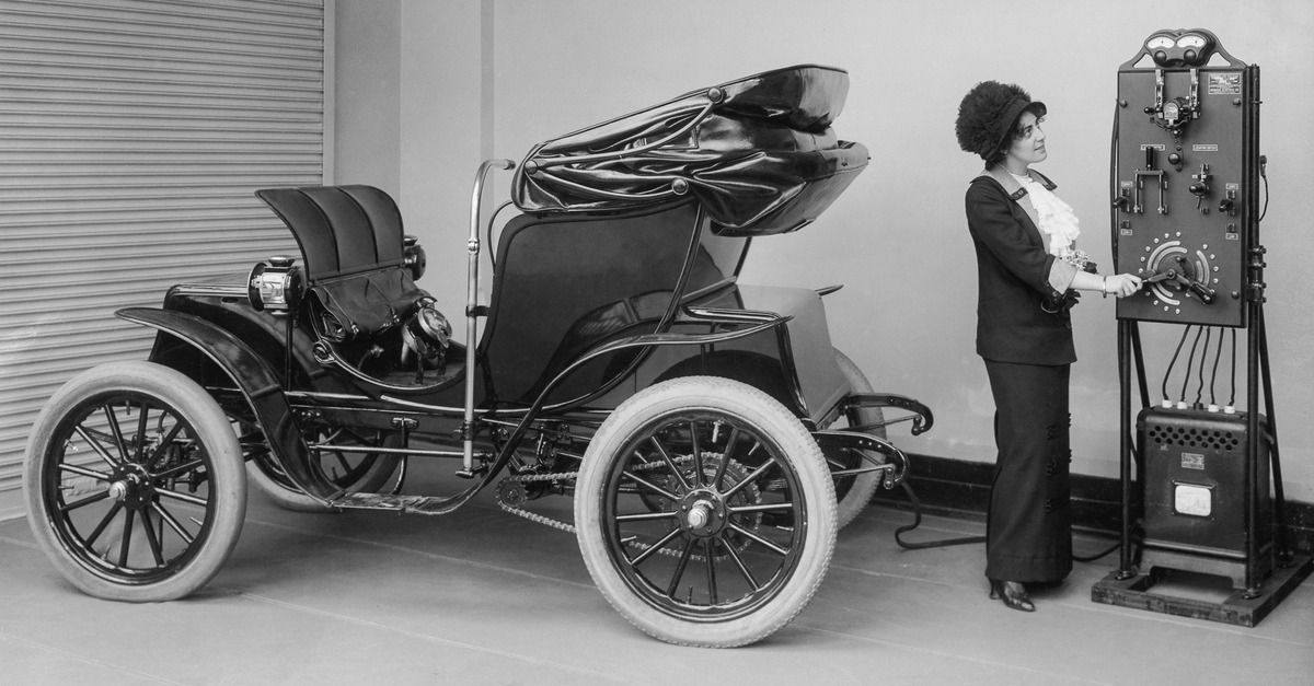 Early electric cars were so easy to use, they were