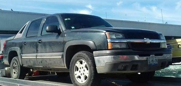 Recuperan en la Central de Abastos vehículo robado