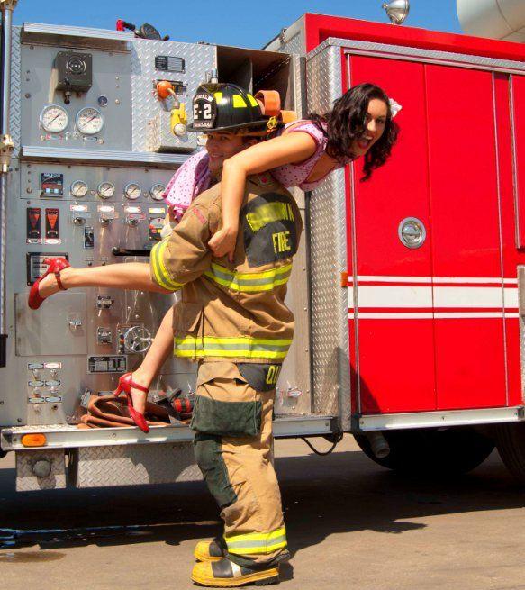Картинки про пожарных с приколом, дню