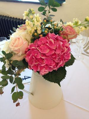 Hydrangea are such a summery flower to use