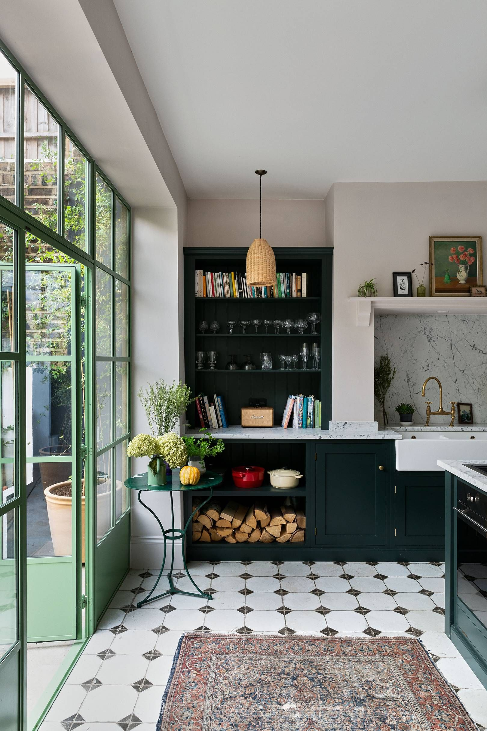 A stylish London house where colour takes centre stage