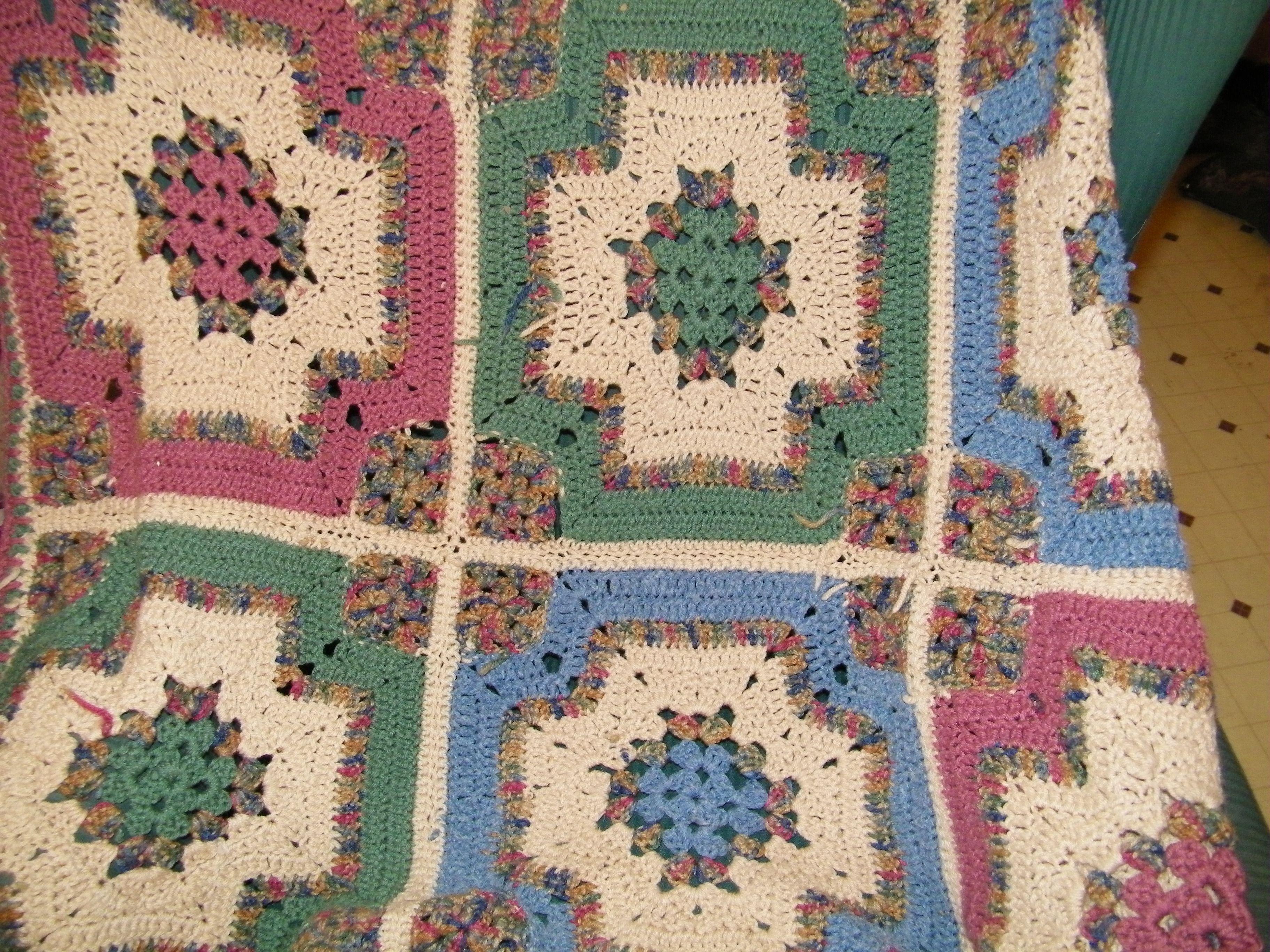 Granny Square crochet Quilt block afghan | Crochet quilt, Granny ...