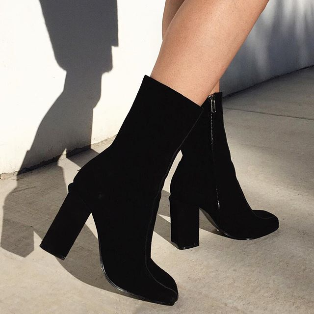 Women's Elegant Stitching Square Toe Ankle Top Mid Chunky Heel Zipper Boots