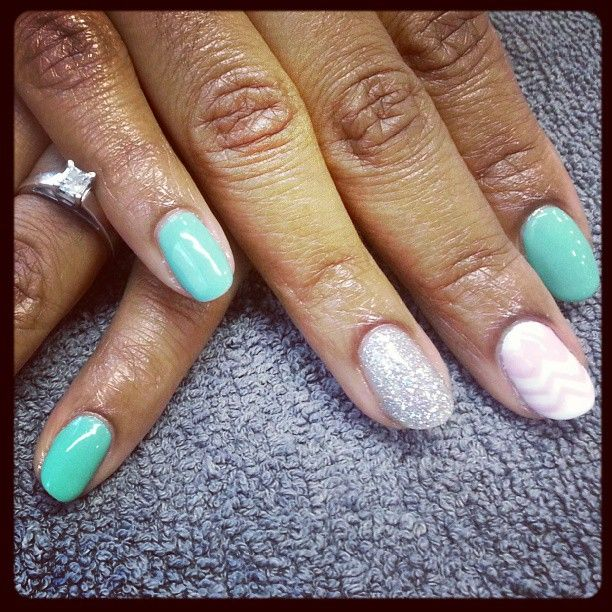 Milwaukee #Nails Simple design with no chip polish -by Katie ...