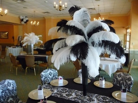 Wedding centerpieces with big ostrich feathers fake