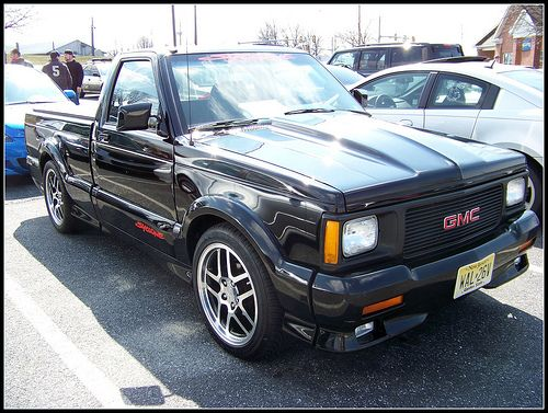 Supercharged Gmc Syclone At Sonic Drive In Car Show Sonic Drive