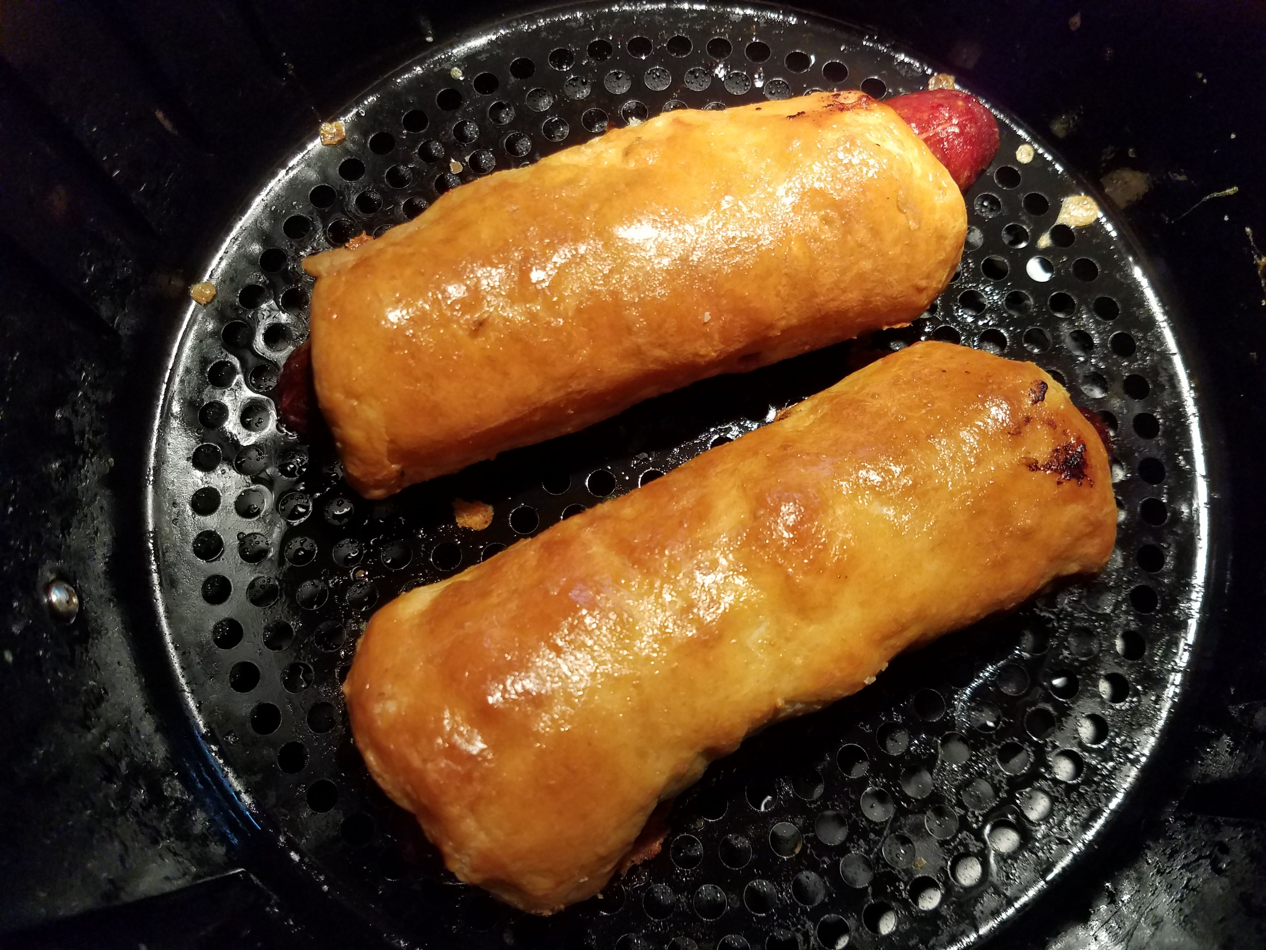 Air Fryer Pigs in a Blanket Crescent recipes, Fried hot