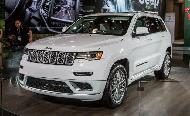 There Be Leather Upon That Summit Jeep Updates Grand Cherokee Summit For 2017 In 2020 Jeep Grand Cherokee Jeep Cherokee Alter Jeep