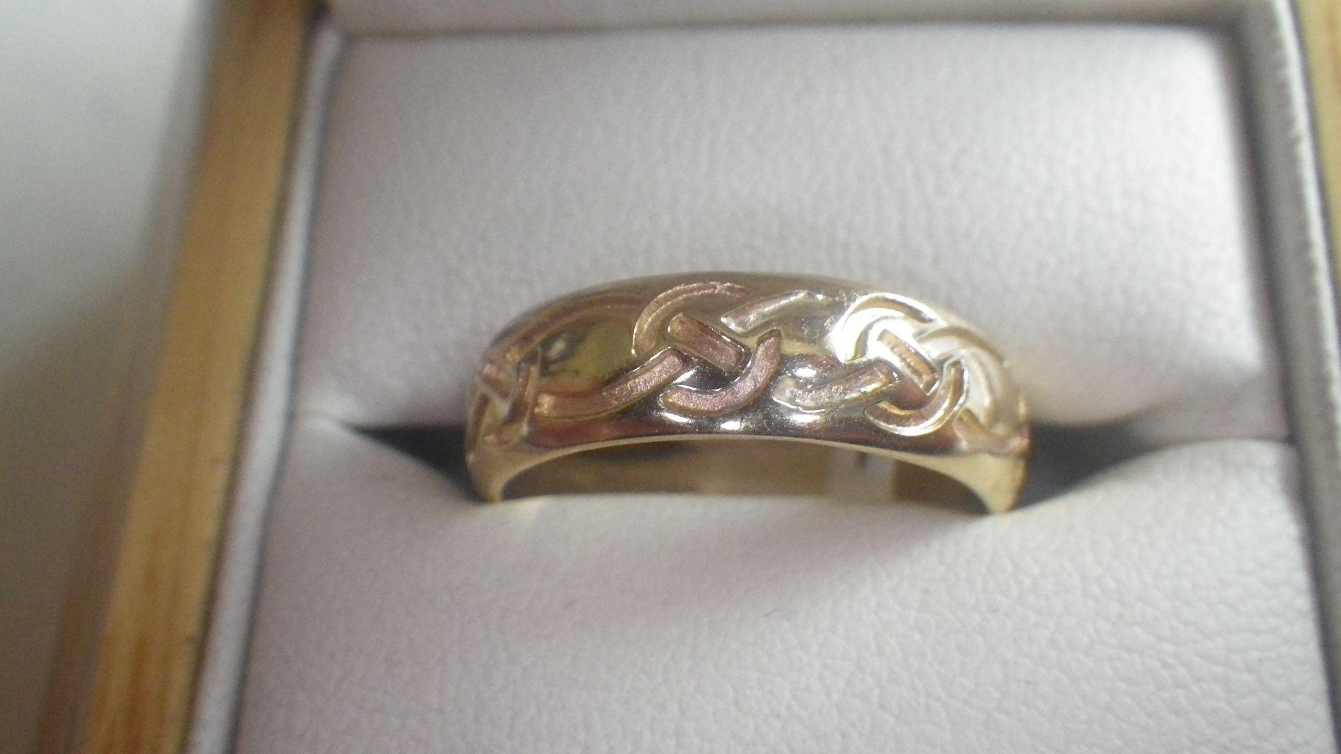 Cymru Metal Welsh Gold Celtic Wedding Band Ring GBP295